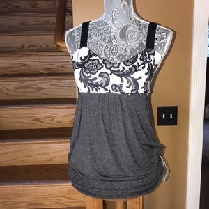 Lululemon athletica tank top with built in bra